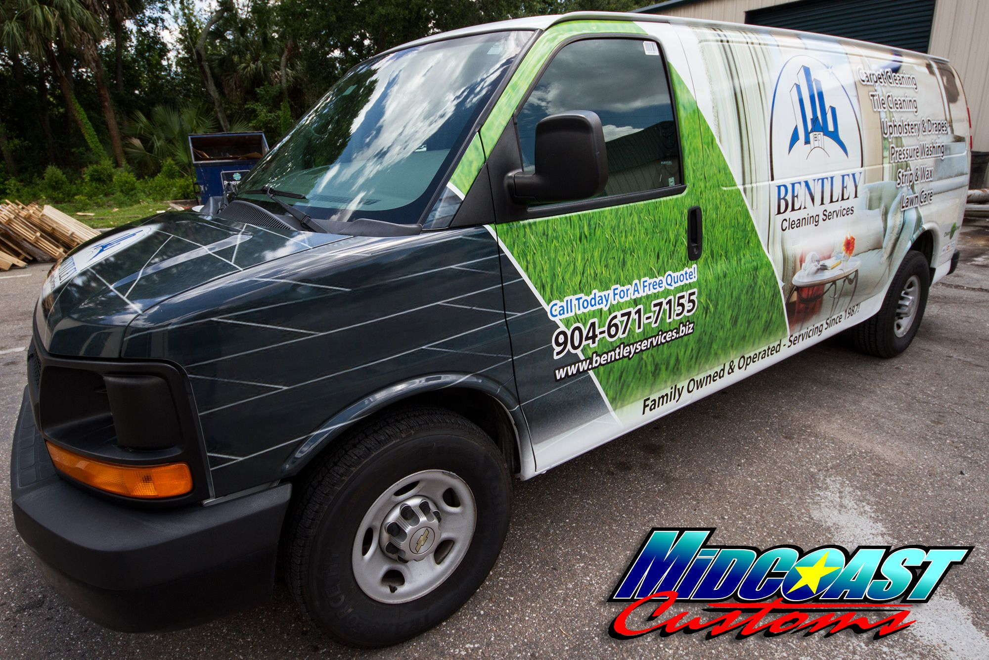 van-graphics-rockford-il