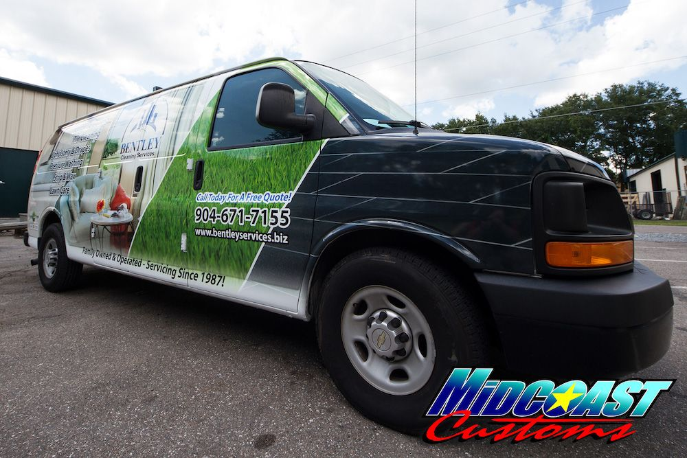 van-graphics-rockford-illinois